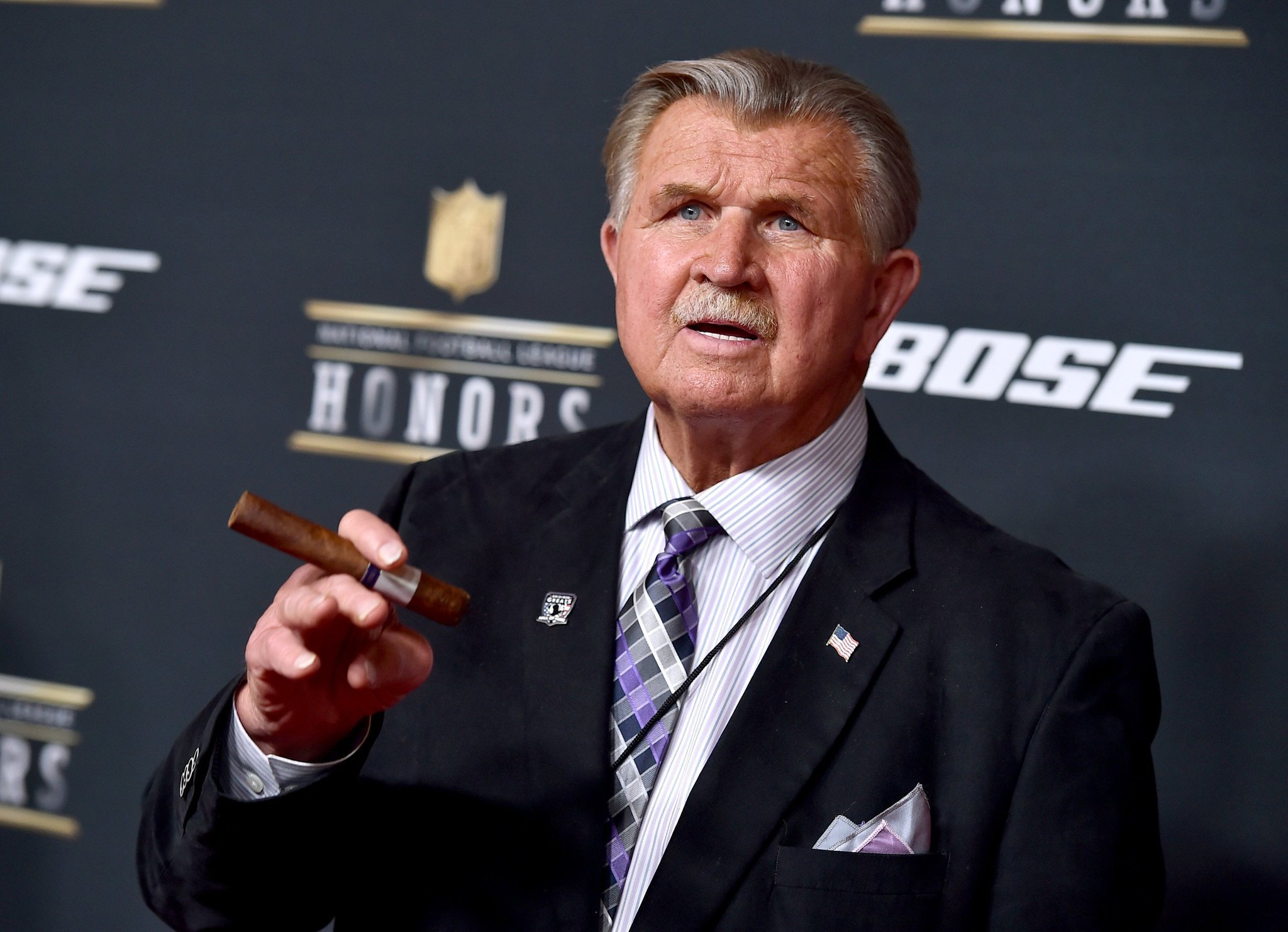 Ct-mike-ditka-donald-trump-gop-convention-20160628