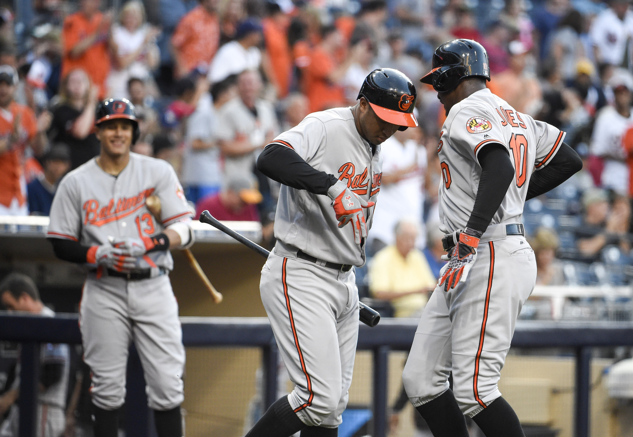 Bal-orioles-recap-birds-stay-hot-hit-three-homers-to-pound-padres-20160628