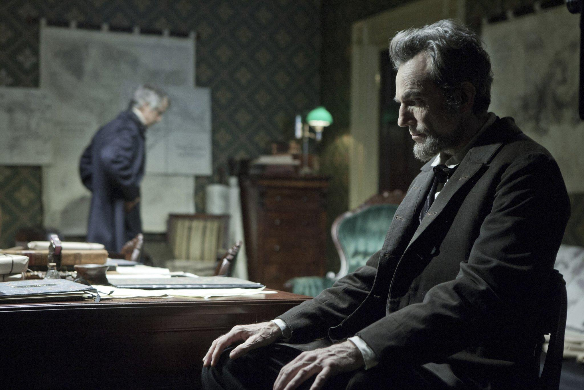 """Spielberg's """"Lincoln"""" (2012): The Unofficial Scene-by-Scene Summary"""