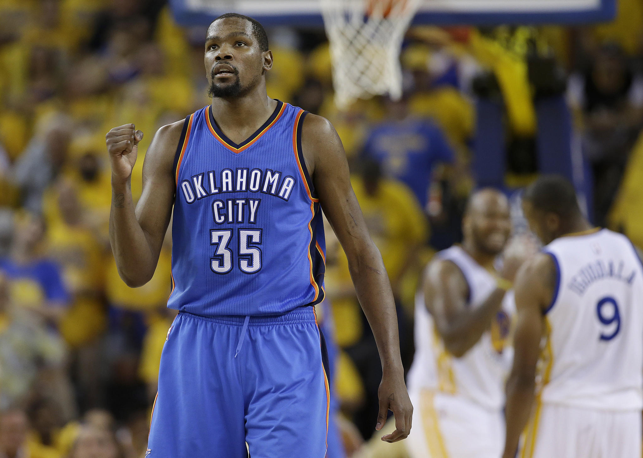 La-sp-clippers-will-be-among-the-first-teams-to-meet-with-free-agent-kevin-durant-20160630-snap