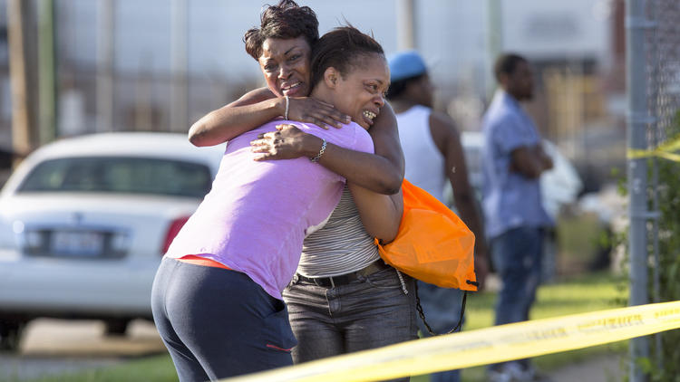 10 shootings a day: Complex causes of Chicago's spiking violence