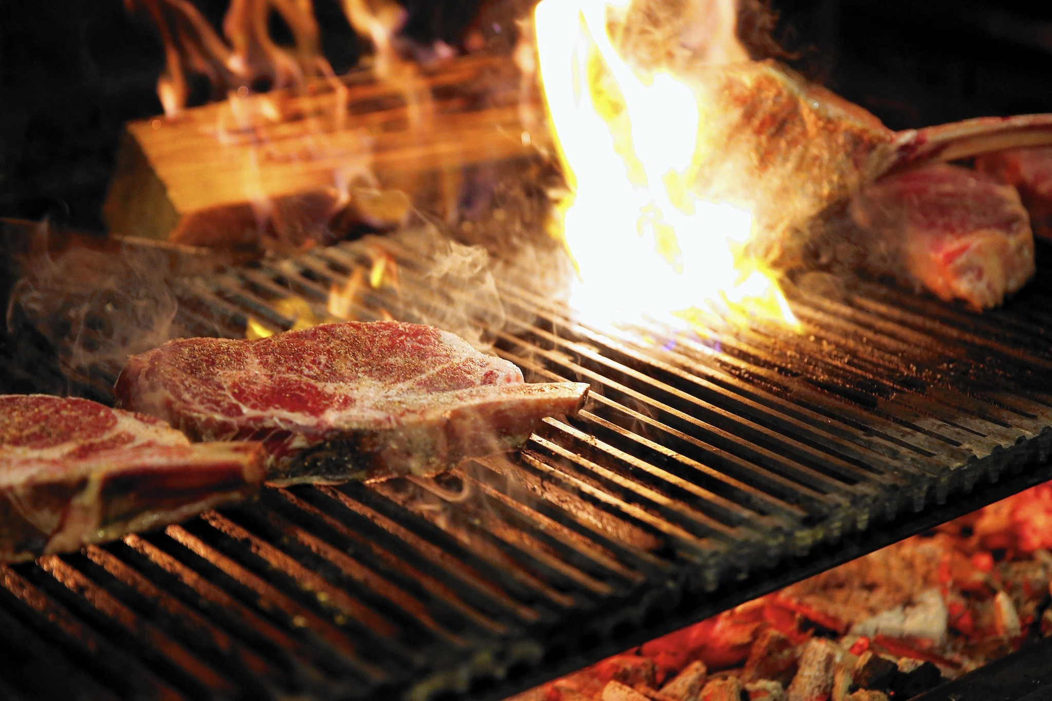 cooking with fire fine dining embraces the grill chicago tribune