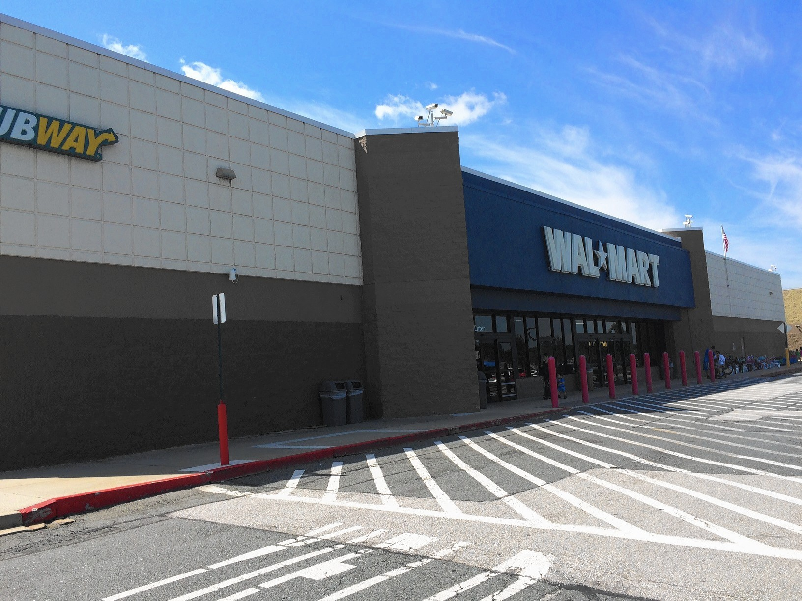 Watch the Growth of Walmart and Sam's Club