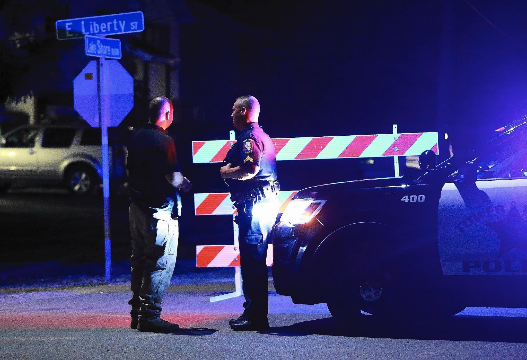 Illinois lake county wauconda - Police Wauconda Bomb Threat Suspect Had Illegal Explosive Devices In Home Lake County News Sun