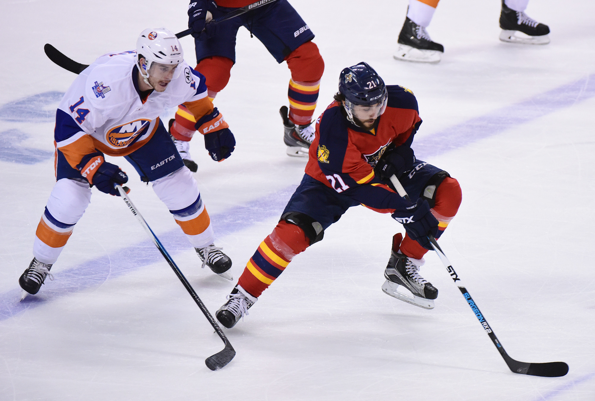 Sfl-panthers-sign-center-vincent-trocheck-for-6-years-at-28-5-million-20160702