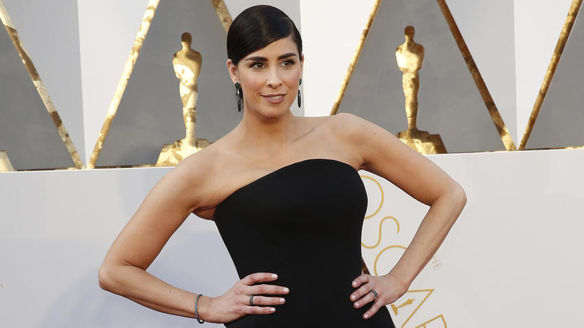 Sarah Silverman at the  Academy Awards ceremony in Hollywood in February 2016. (Jay L. Clendenin / Los Angeles Times)