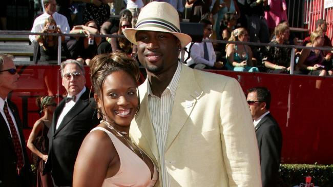 Dwyane Wades High School Sweetheart Not Ready To Let Divorce Go Chicago Tribune