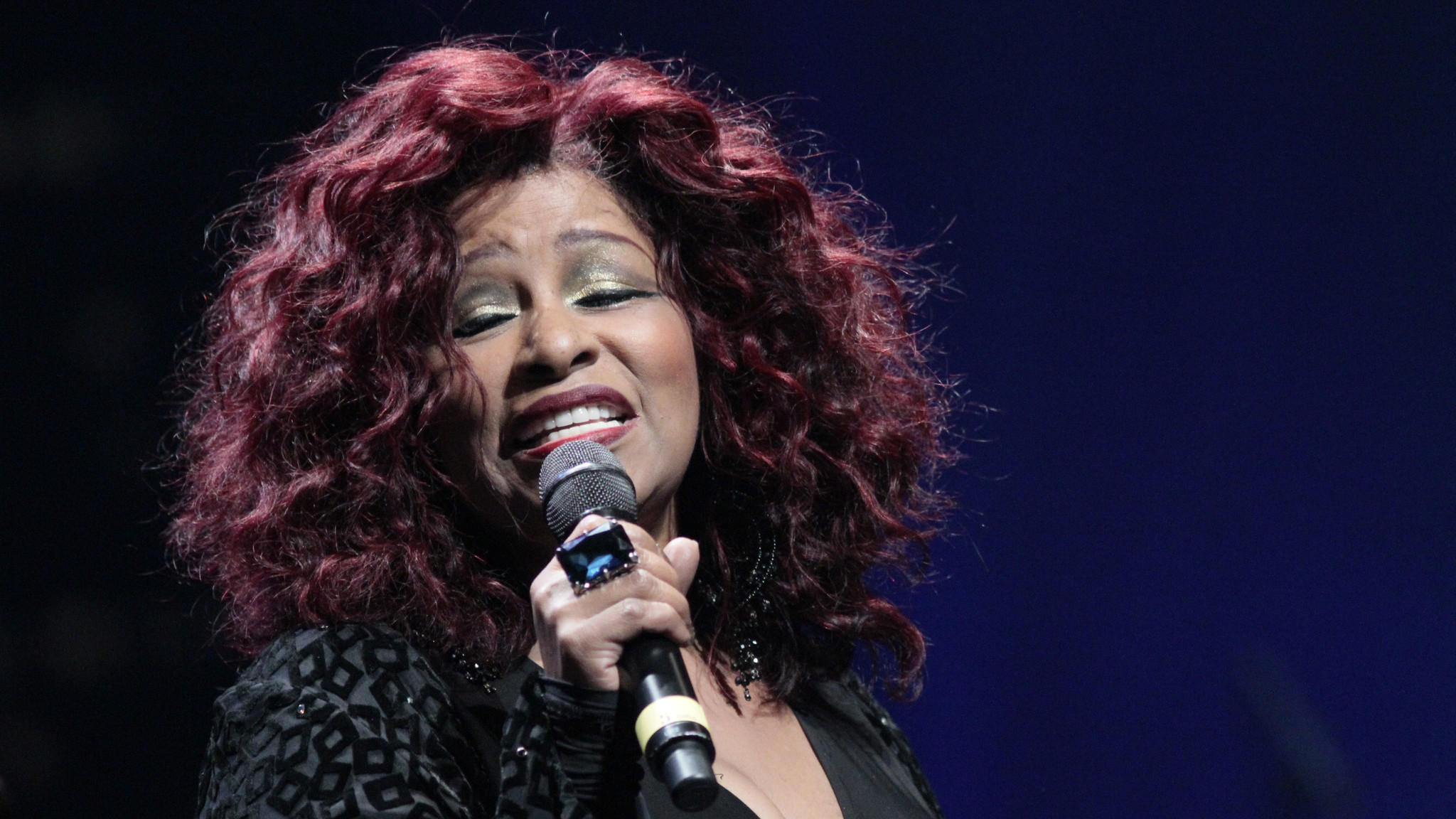 Chaka Khan checks into rehab for painkiller addiction