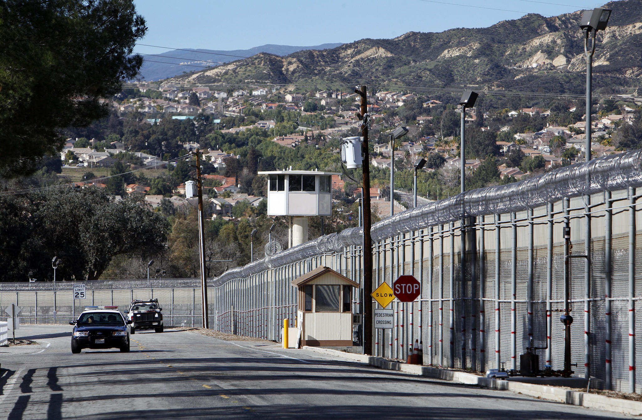 The entrance to the Pitchess Detention Center, a Los Angeles County jail complex in Castaic that includes the North County Correctional Facility. (Al Seib / Los Angeles Times)