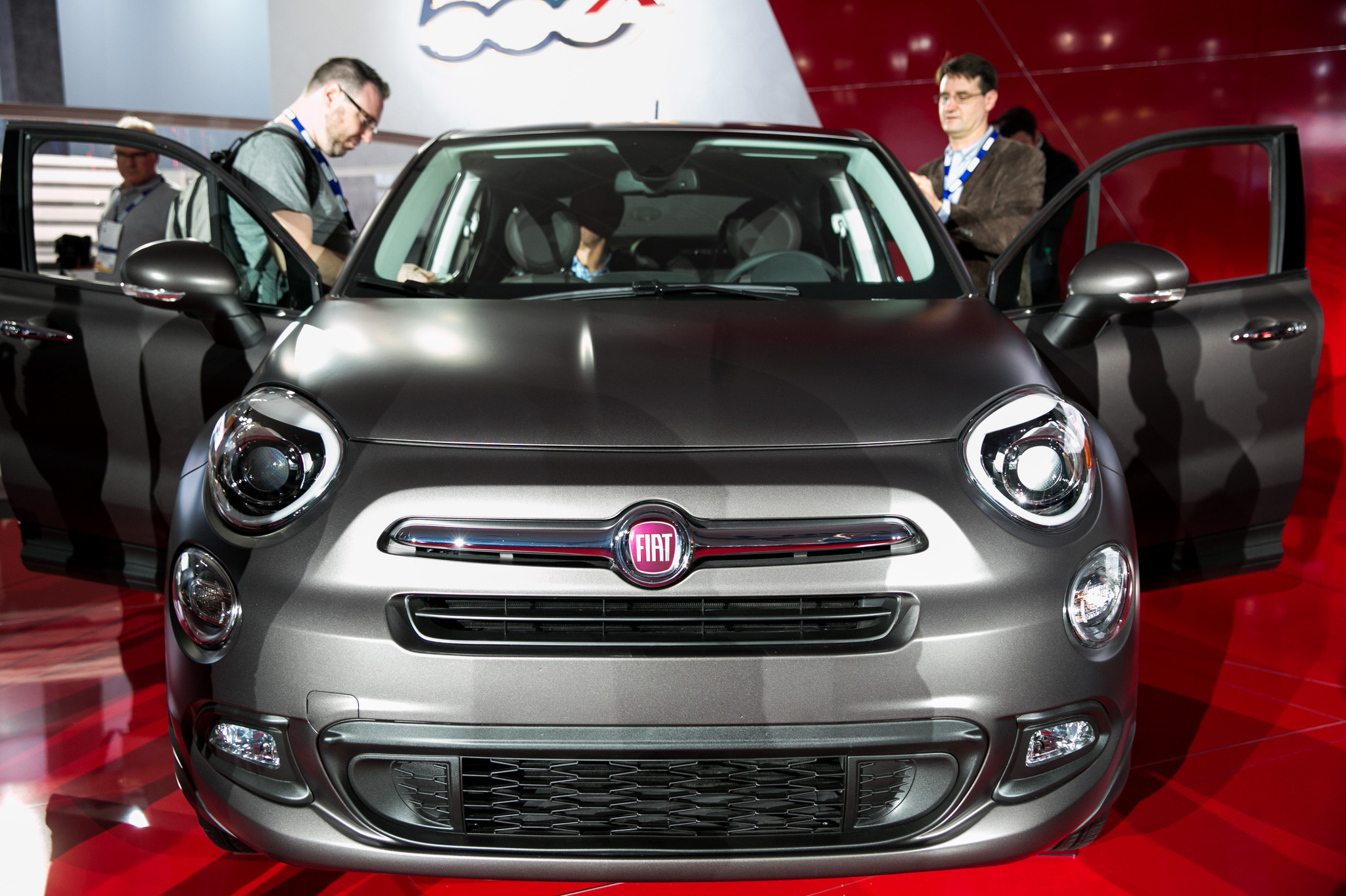 Federal investigation targets Fiat Chrysler sales reports - LA Times