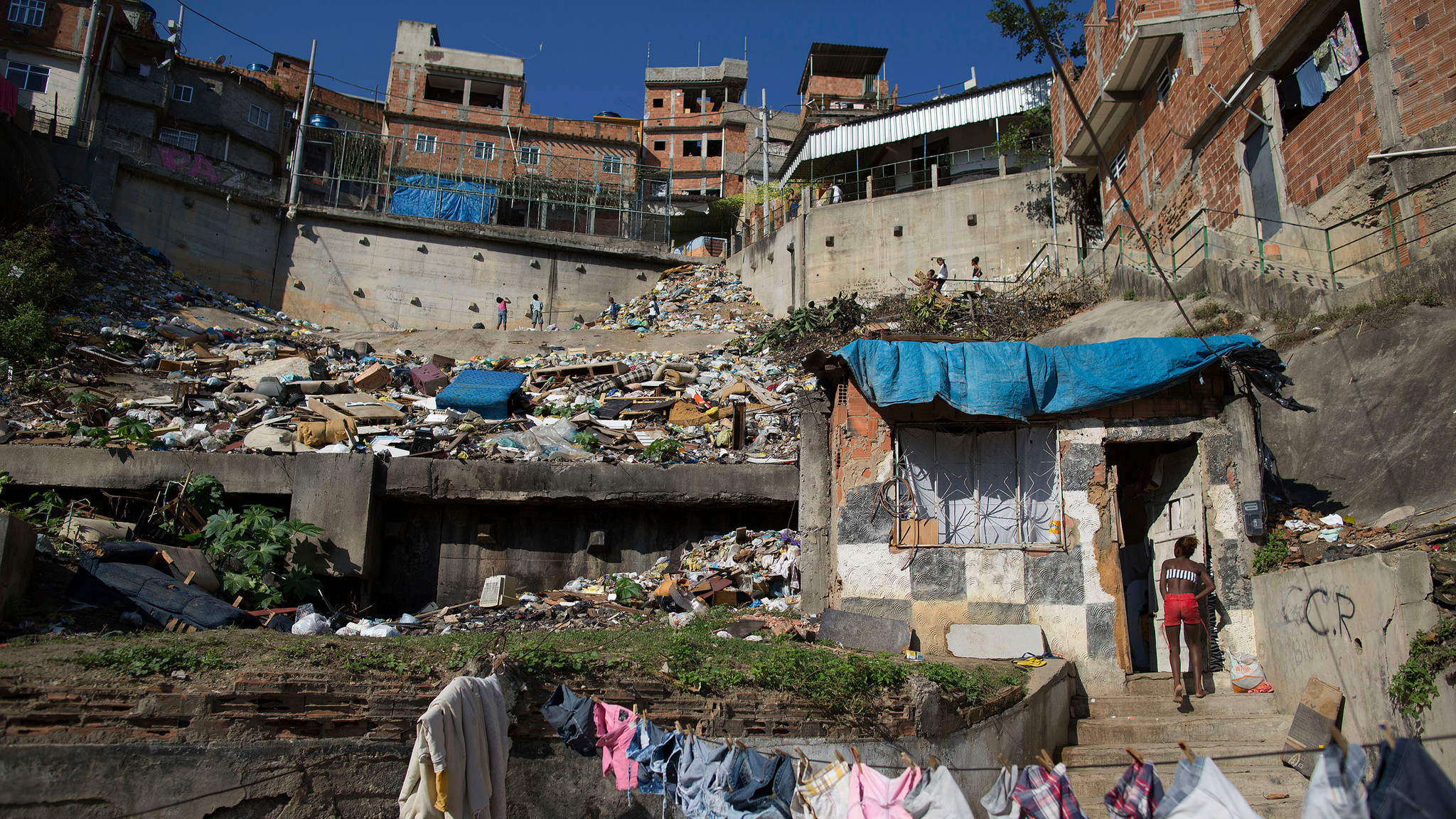 essay on slums Free essay: a ethnocentrism - the use of one's own culture as a yardstick for judging the ways of other individuals or societies, generally leading to a.