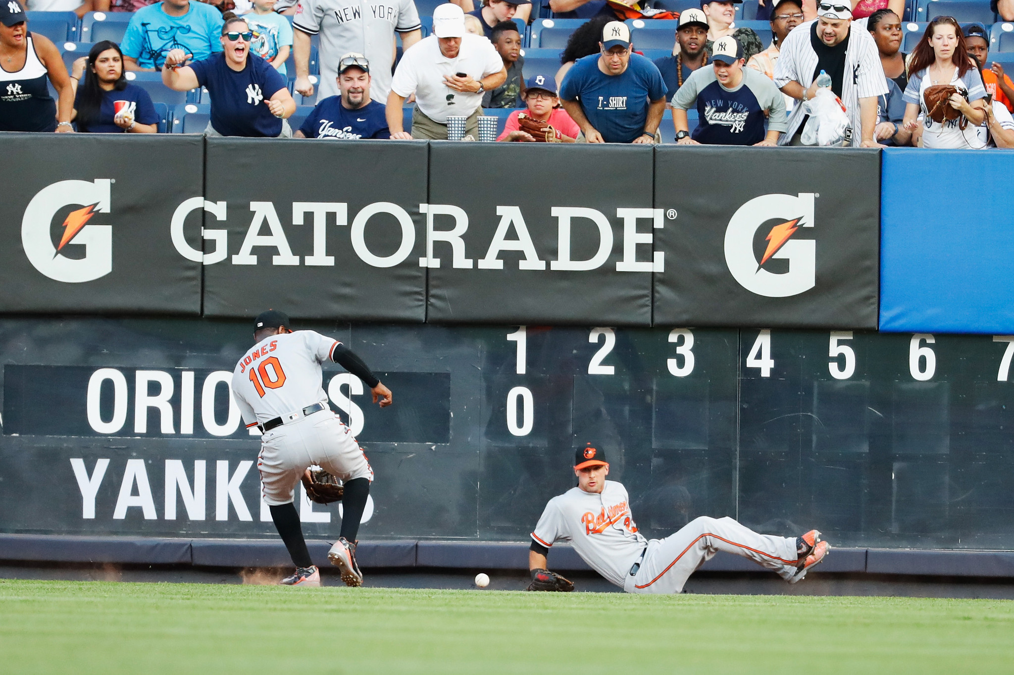 Bal-orioles-on-deck-adam-jones-and-joey-rickard-out-plus-what-to-watch-thursday-at-yankees-20160721