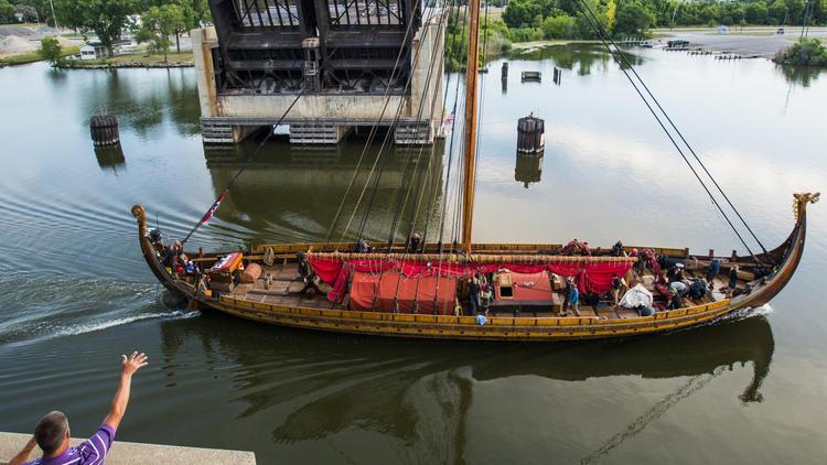 Viking longship captain at odds with U.S. Coast Guard – Chicago Tribune