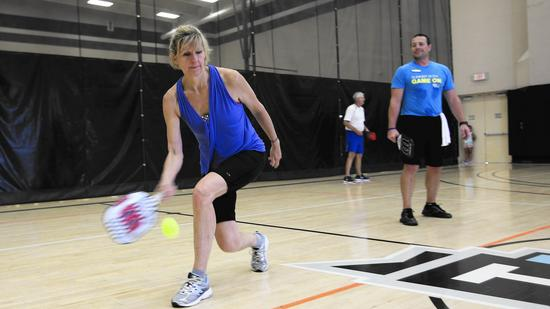 Donna McGowan of Indian Head Park plays pickleball at LifeTime Fitness in Burr Ridge. (Mike Mantucca, Pioneer Press)