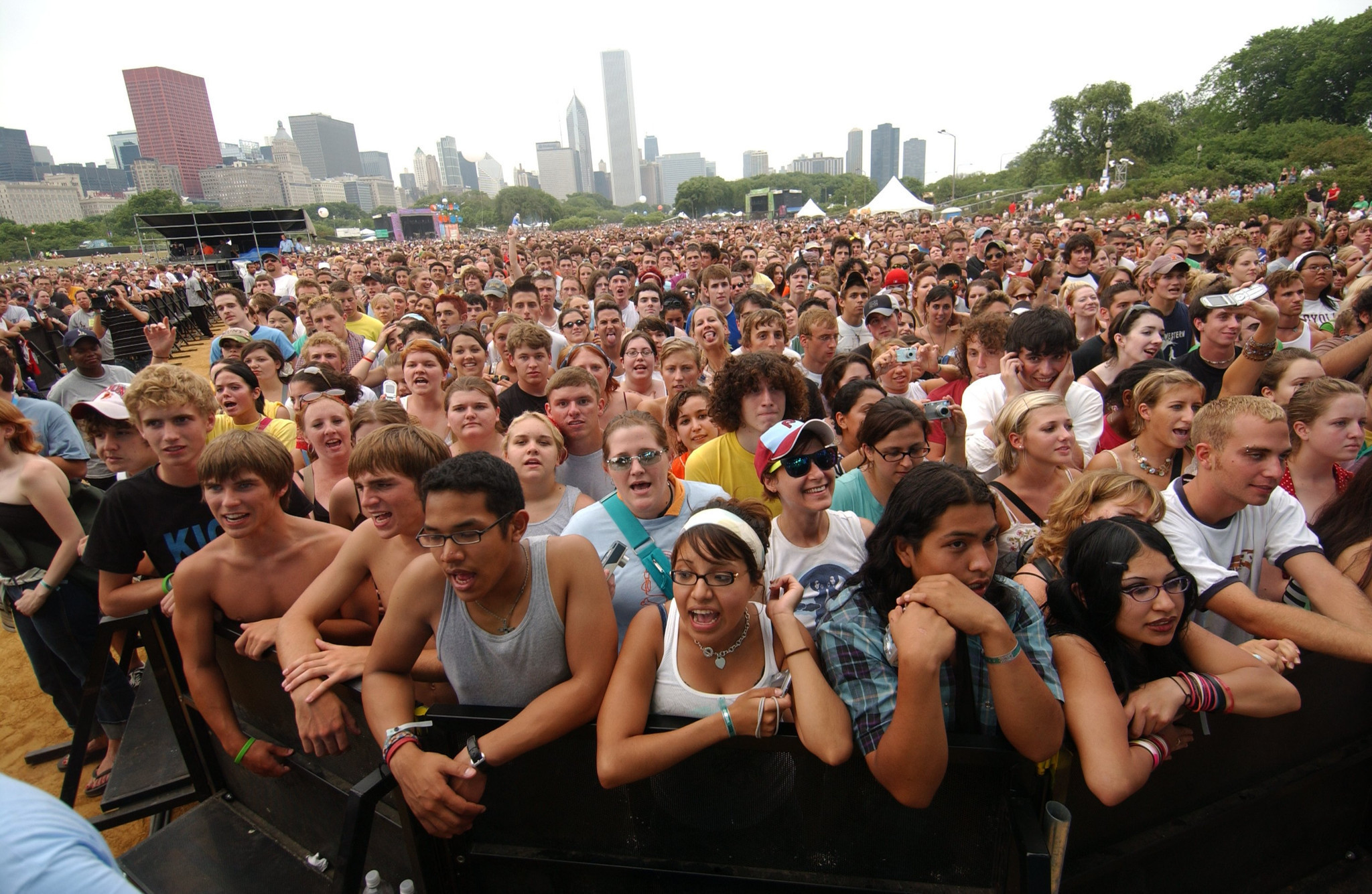 Lollapalooza 2016 details on tickets, transportation, food and more ...