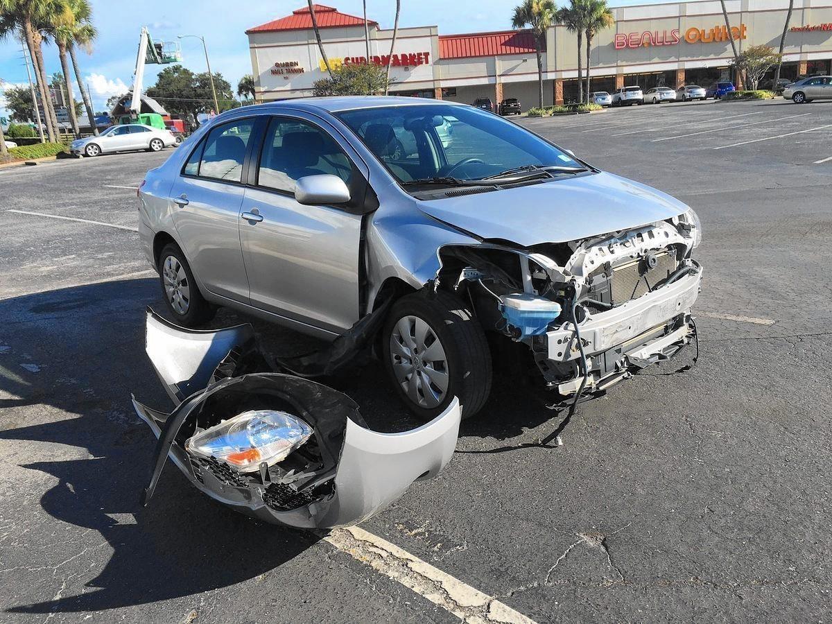 Deputy transporting suspect involved in car crash - Orlando Sentinel