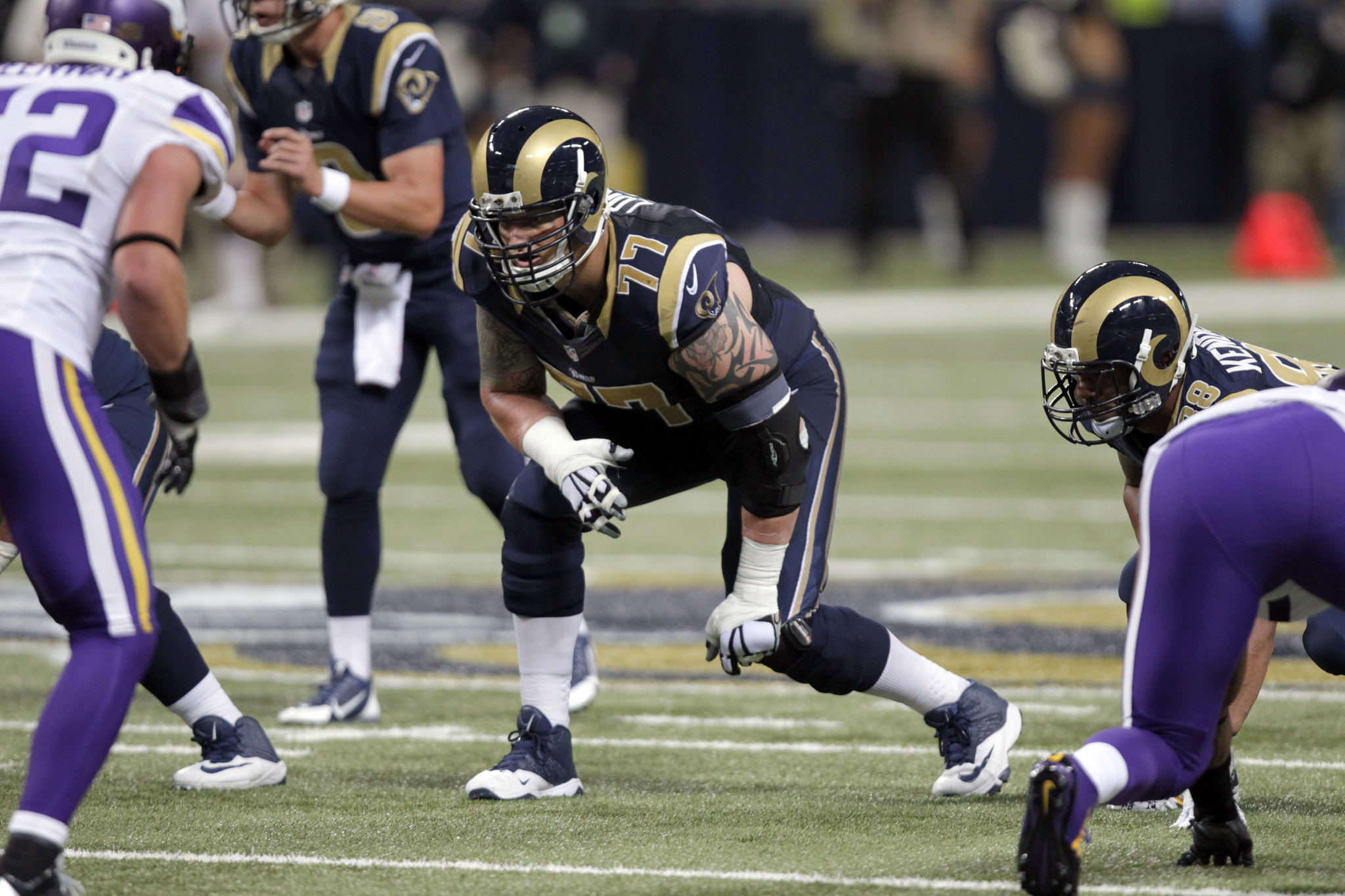 Bal-ravens-bring-in-offensive-tackle-jake-long-a-former-first-overall-pick-20160726