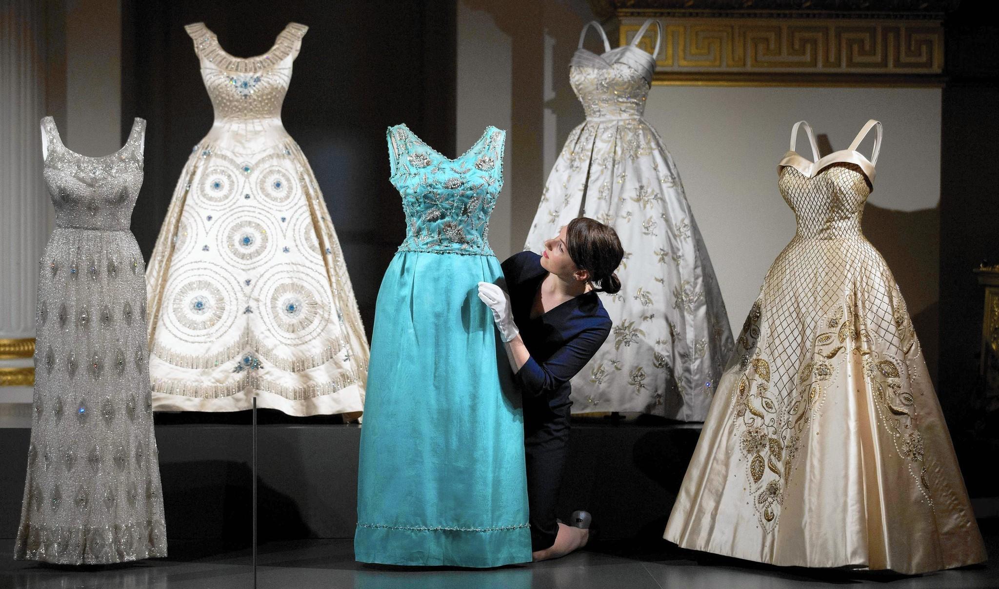 Queen Elizabeth II\'s dresses on display - Chicago Tribune