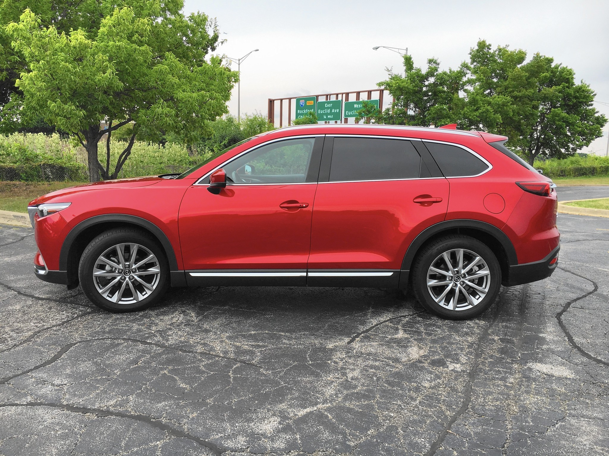 2016 Mazda CX 9 crossover balances style with value power with