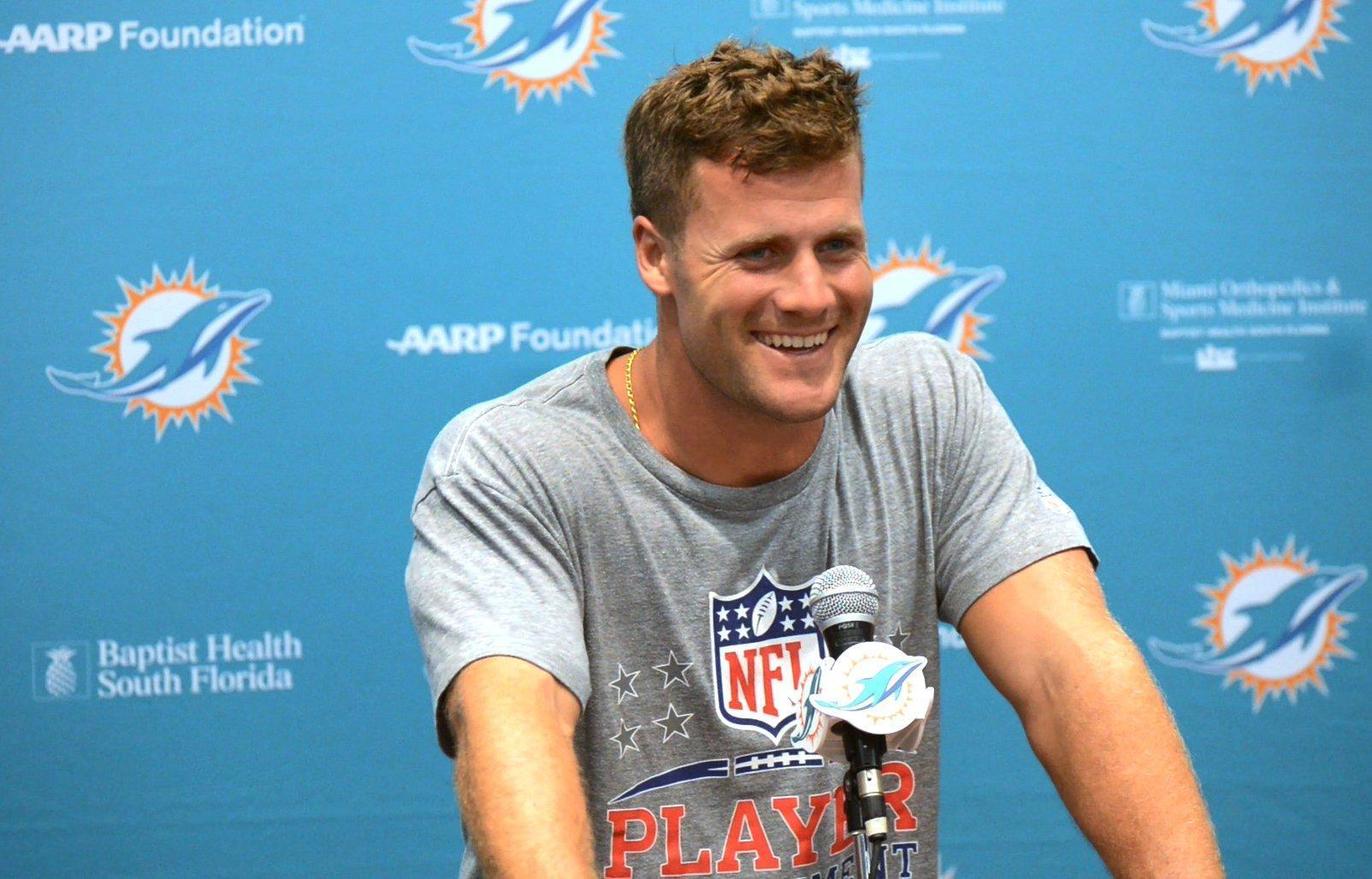 Fl-dolphins-countdown-0727-20160726