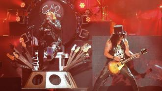 Welcome to the (remade) Jungle: Guns N' Roses arrive in Orlando with new air of excitement