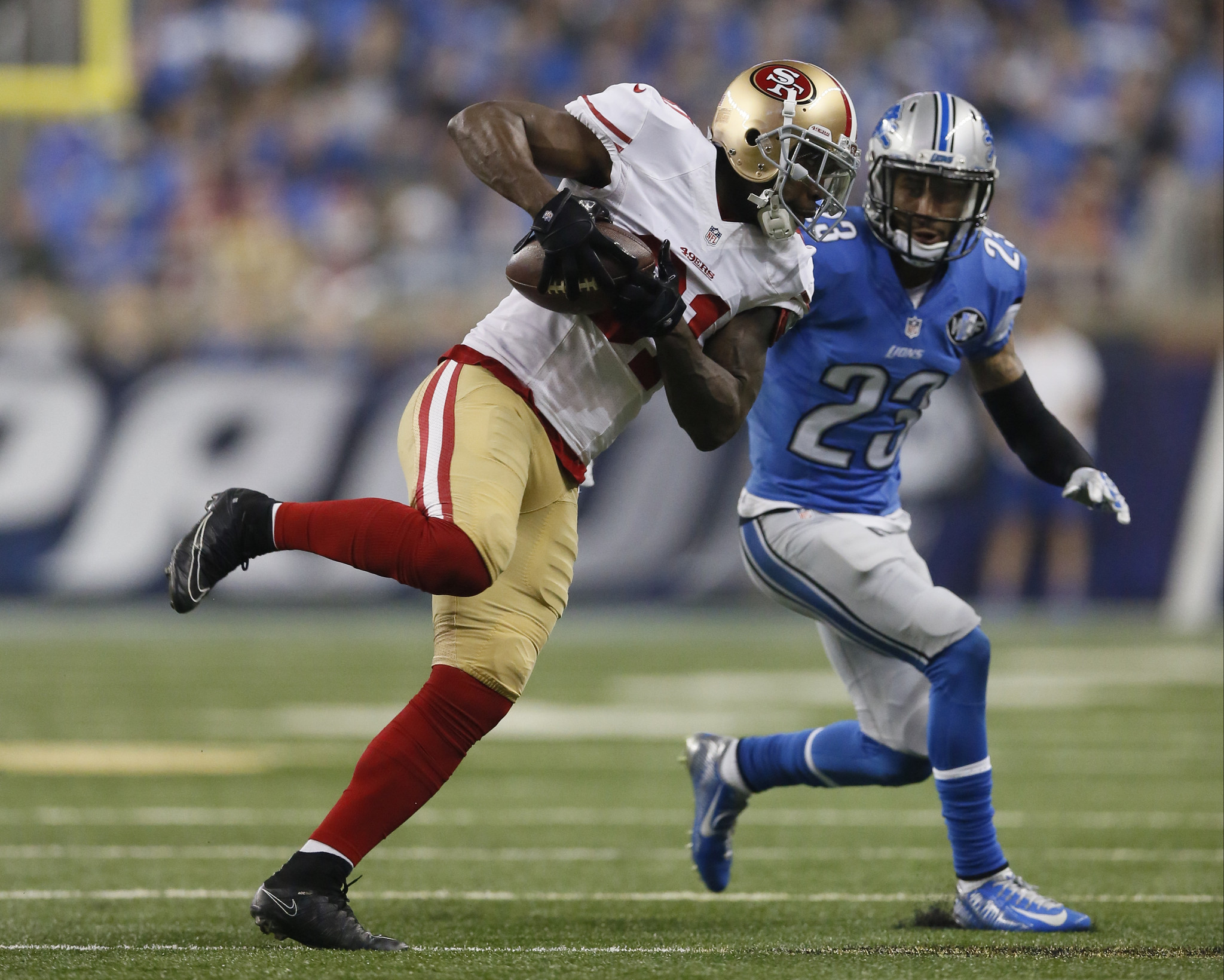 Ct-lions-sign-wr-anquan-boldin-20160728