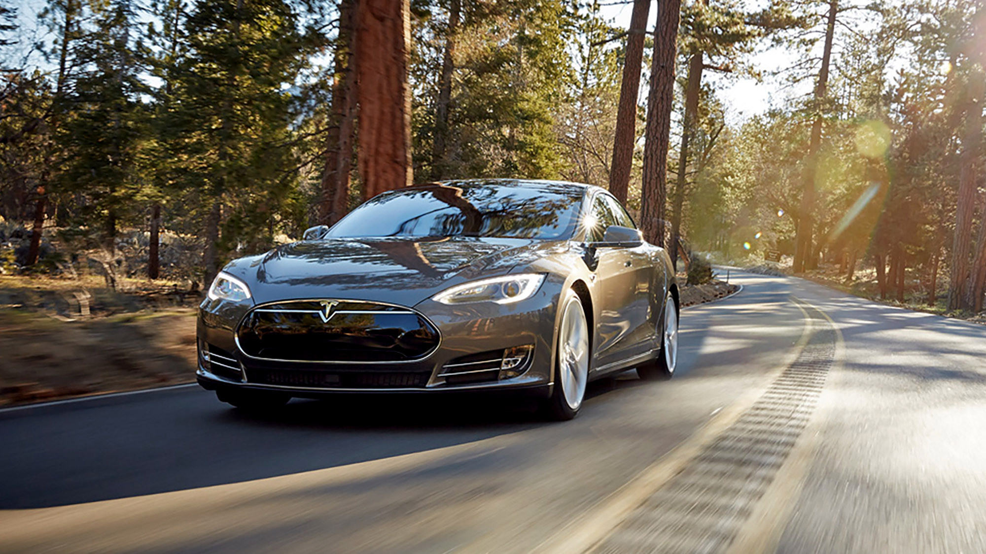 Excellent Tesla39s Autopilot Makes For A Smooth Highway Cruise  LA Times