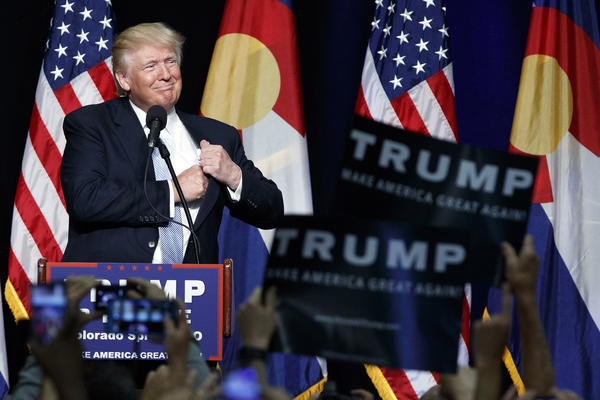 Hillary Clinton and Donald Trump open general election battle with pitches in swing states