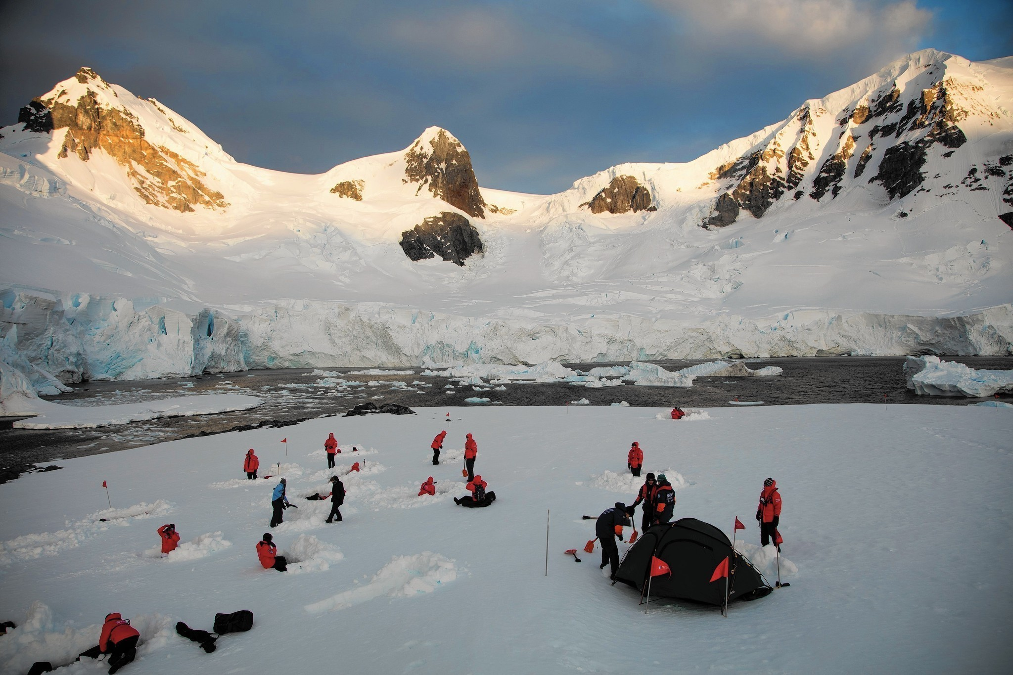 A trip to the antarctica and other tips deals chicago for Best way to travel to antarctica