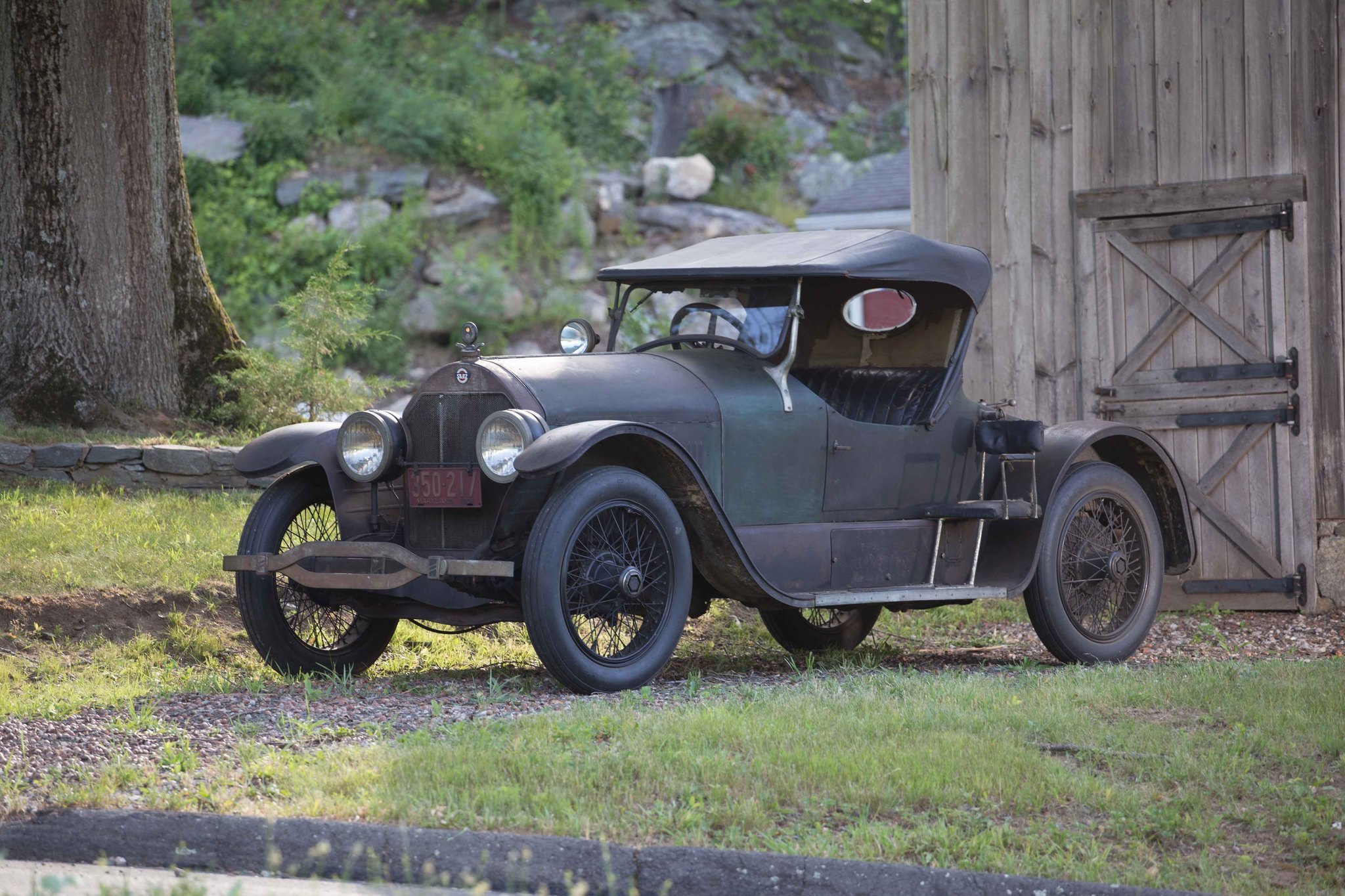 Stutz Bearcat Chasing Classic Cars