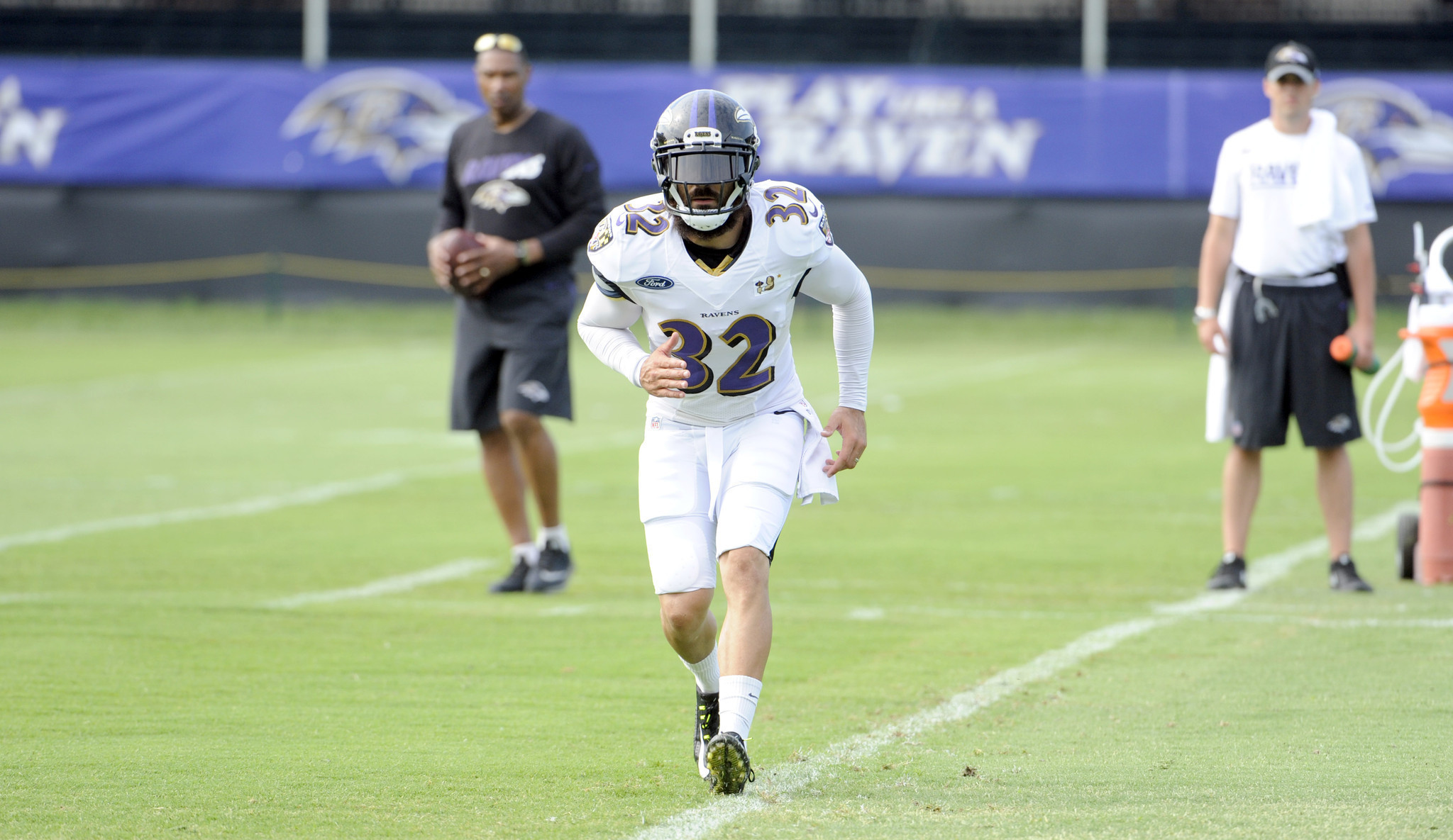 Bal-more-than-a-dozen-ravens-sit-out-of-fridays-training-camp-20160805