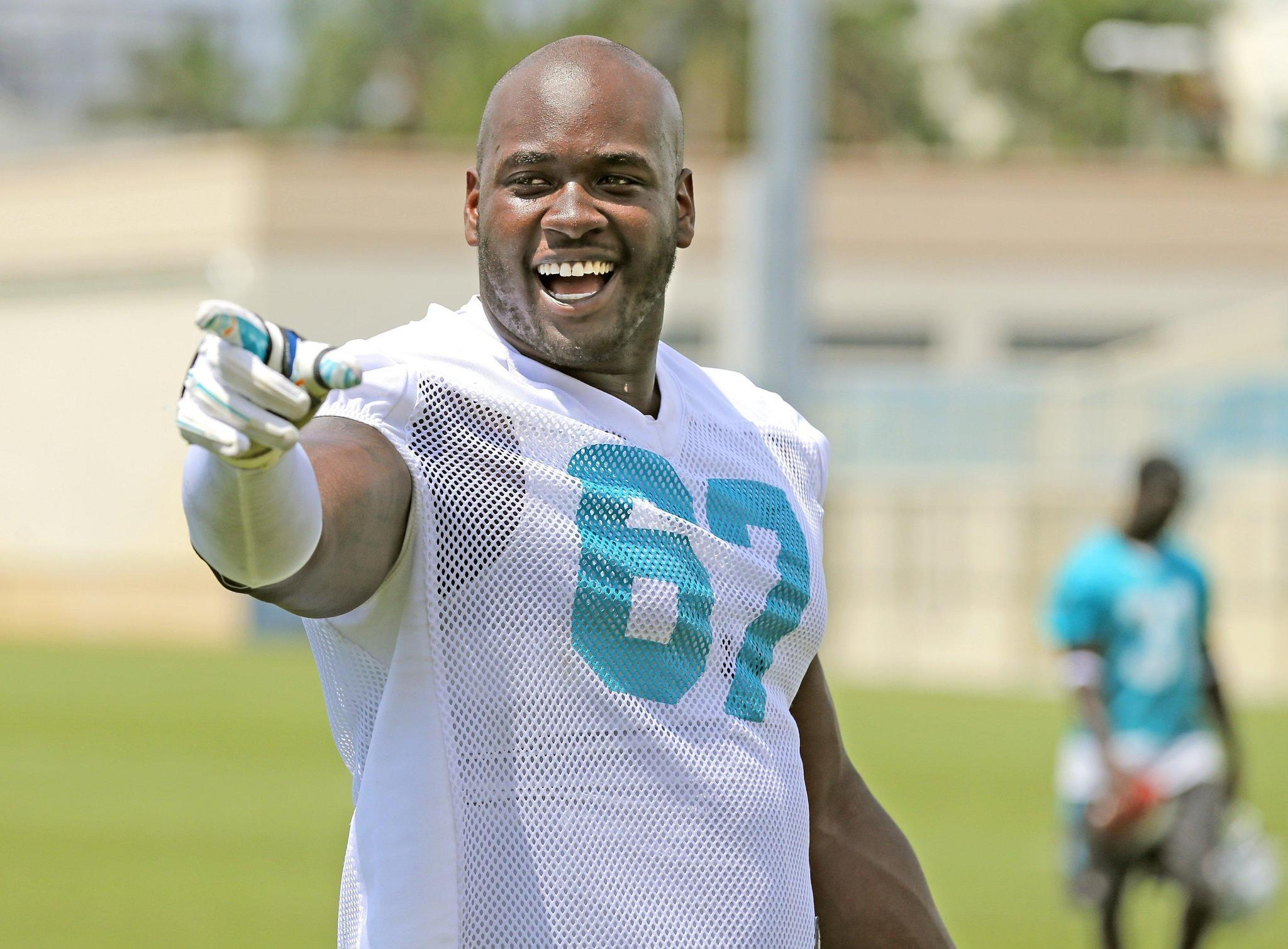 Hyde5 What is Dolphins plan with Laremy Tunsil Sun Sentinel