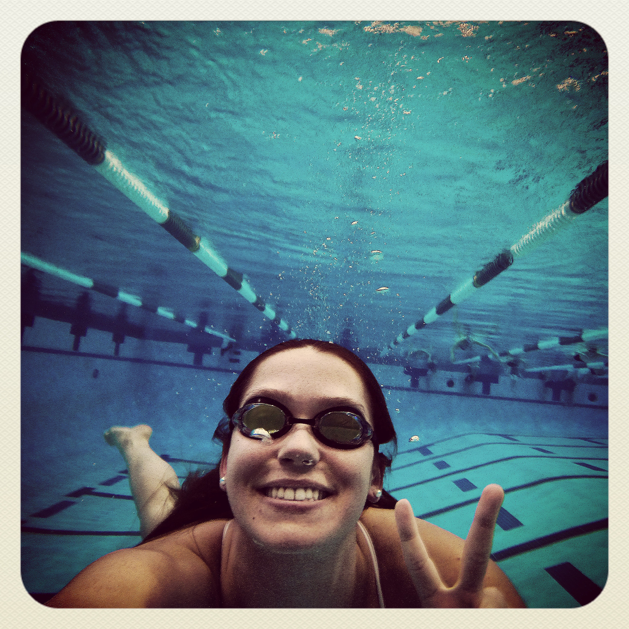 Dp-spt-olympics-uva-peyton-baldwin-leah-smith-swimming-0814-20160813