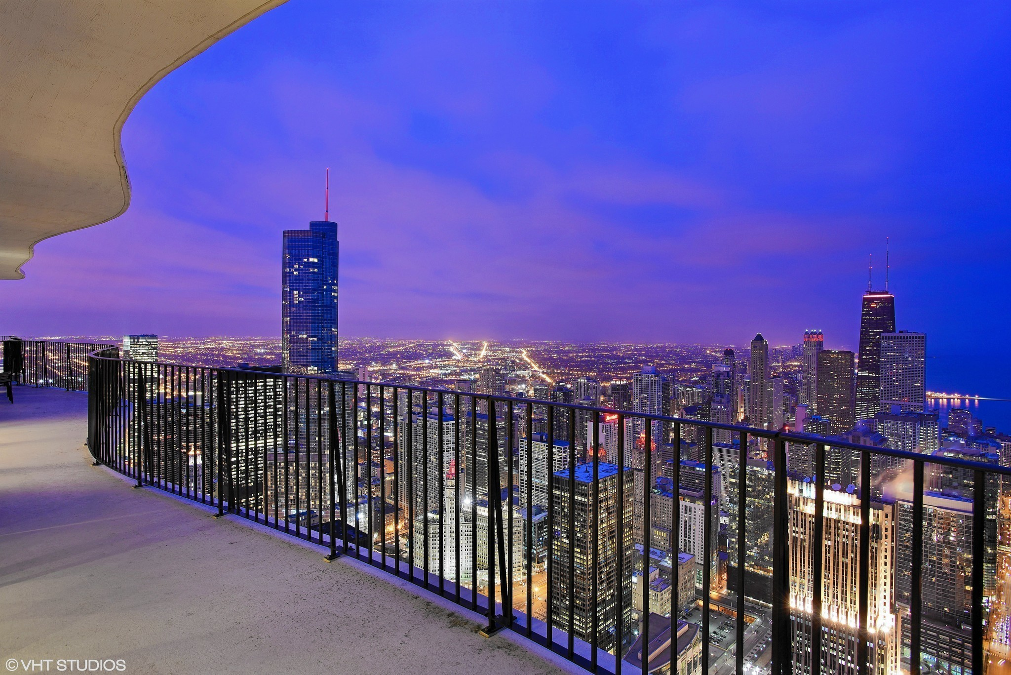 Chicago S Premium Penthouses Will Cost You 5 Million Or
