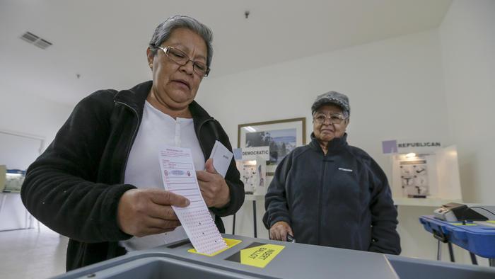 Casting ballots on June 7, 2016