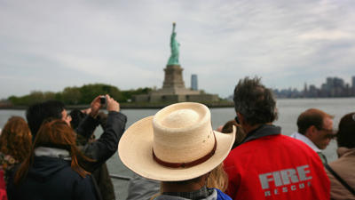 Hurting for cash, National Park Service turns to companies