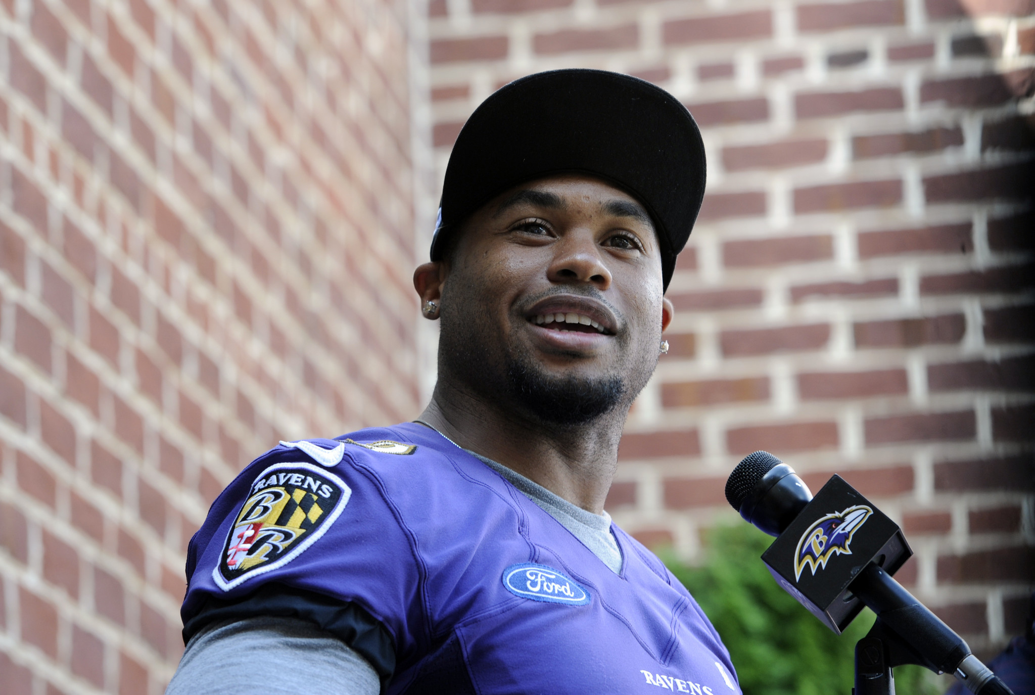 Steve Smith Sr returns to Ravens and speaks passionately about