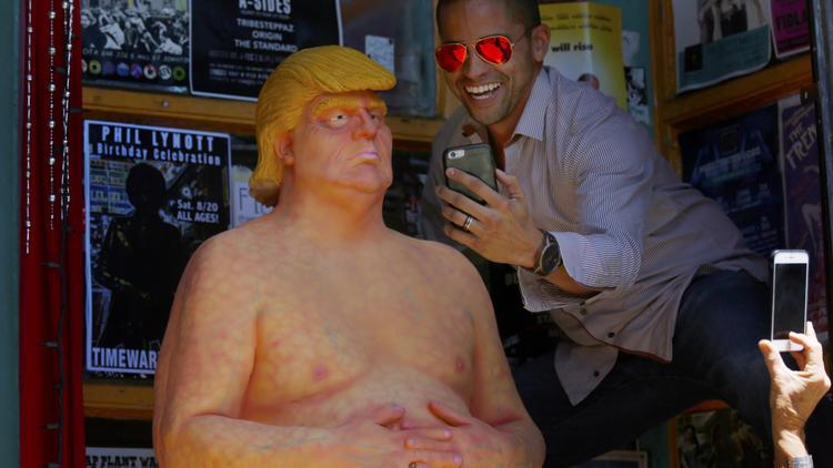 Обнаженный Трамп