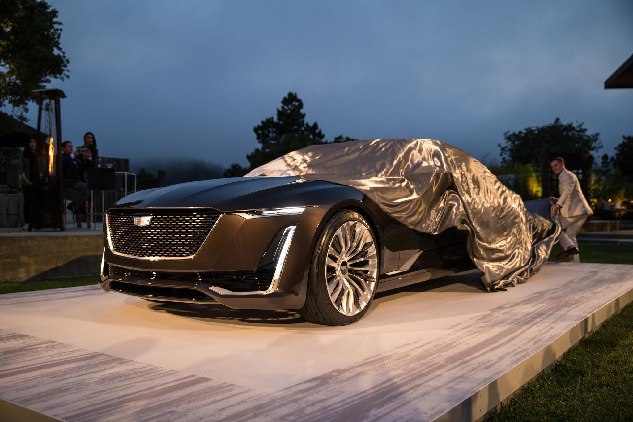 Vision Mercedes Maybach 6 and Cadillac Escala concept cars ...