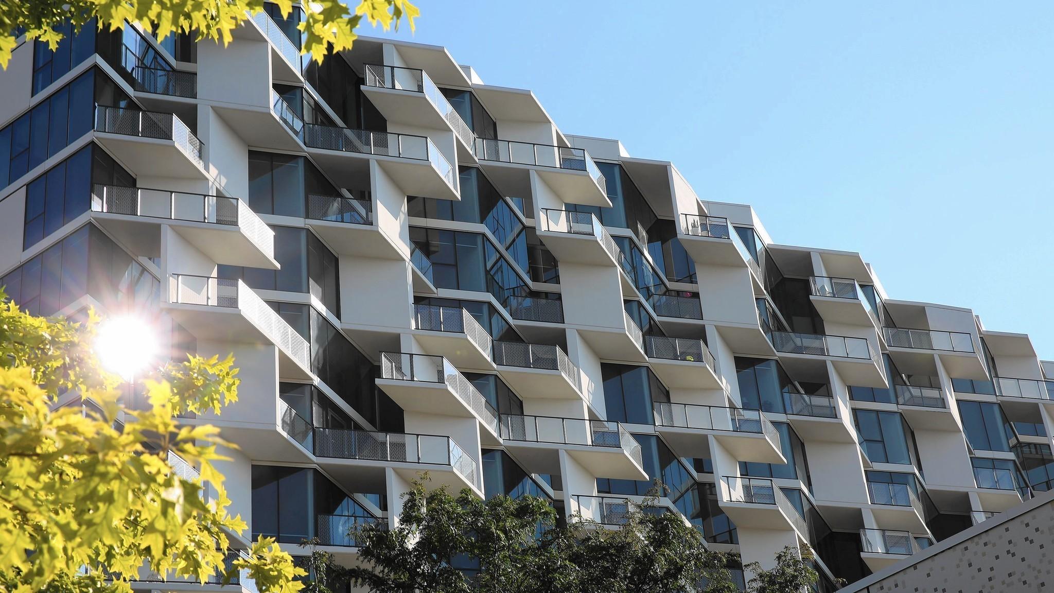 City Hyde Park High Rise Breaks Up Apartment Monotony