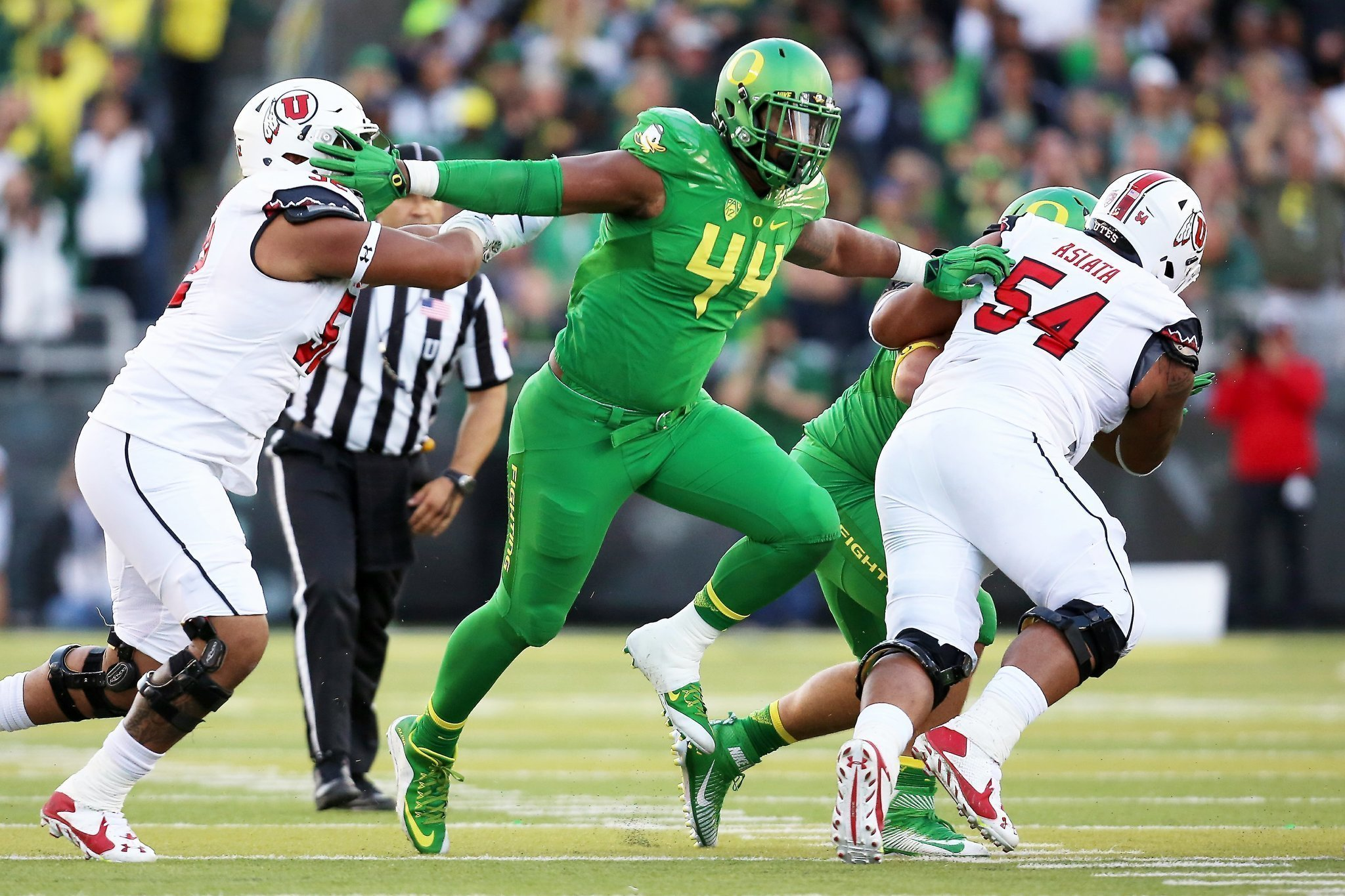 Deforest Buckner Visits Chargers But Why The San Diego