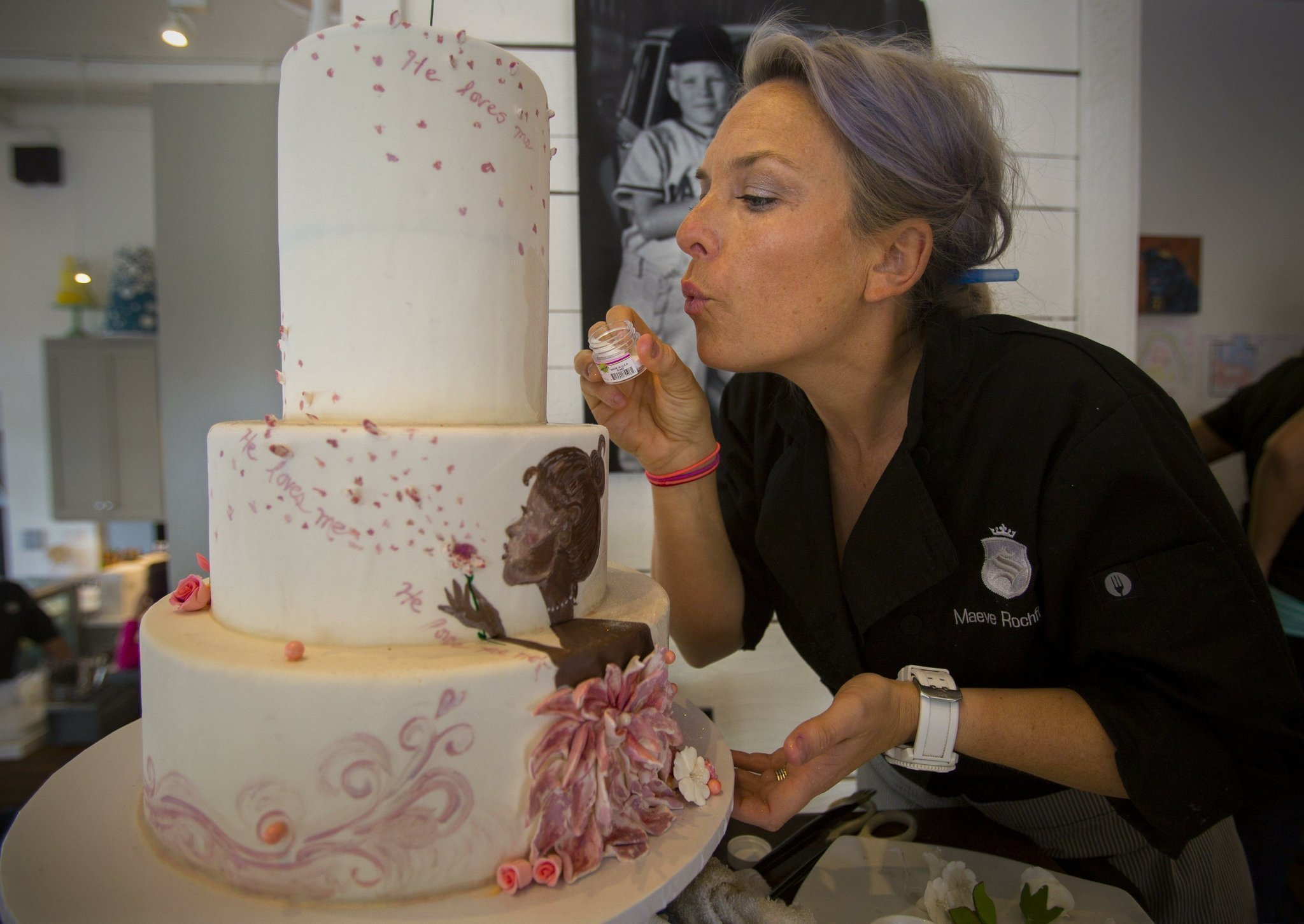 Cake Decorating Competition Tv Show : Bakers sweet on cake competitions - The San Diego Union ...