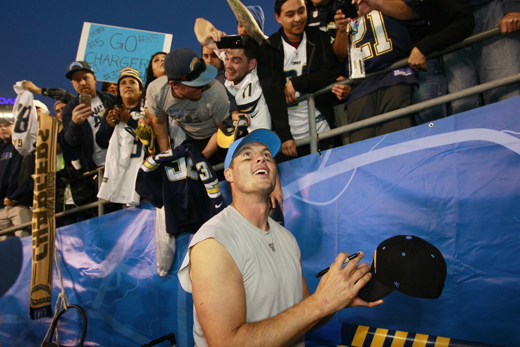 Philip Rivers Fired Up Chargers Still In Sd The San