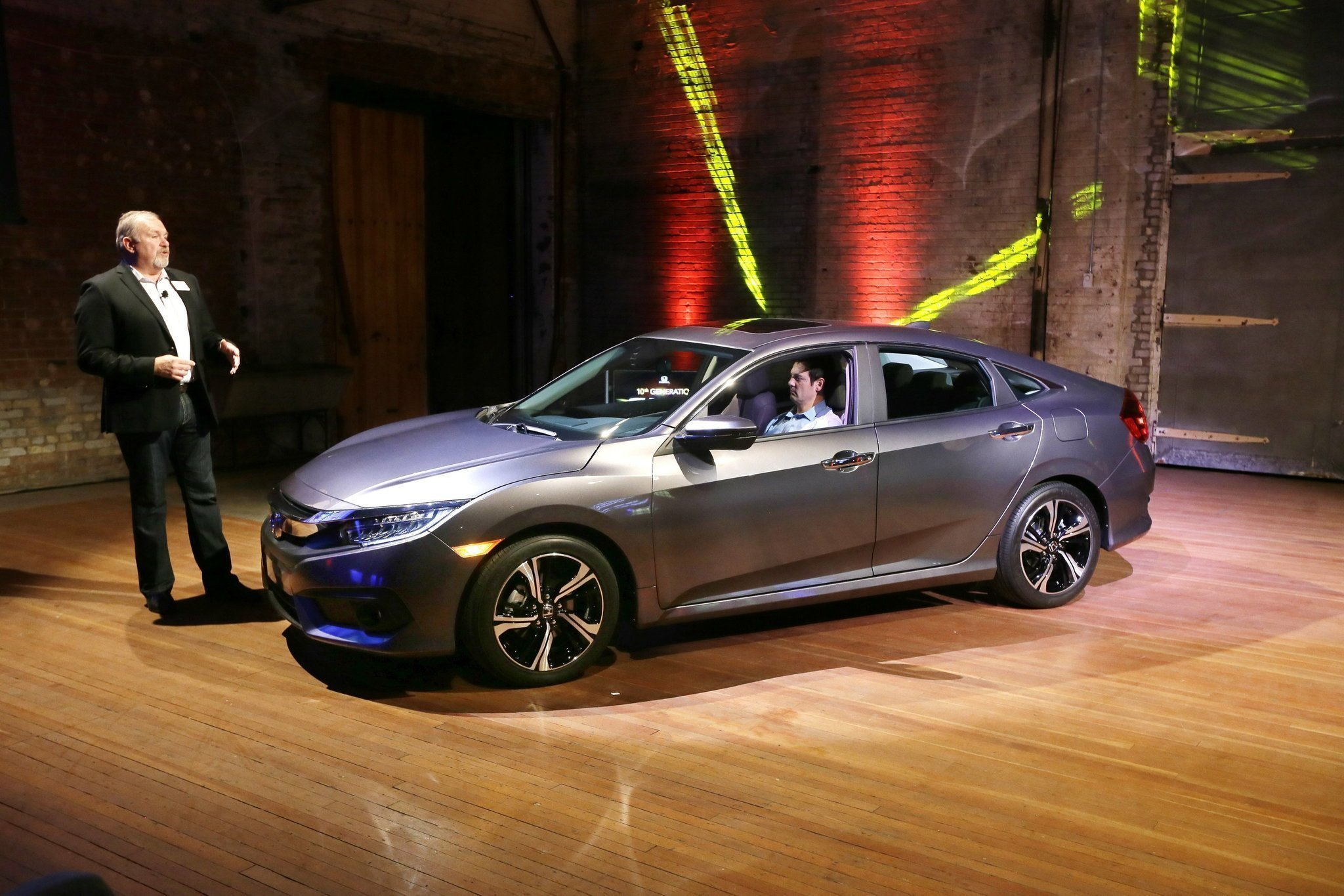 Hondas Popular Civic Gets Successful Overhaul For The San - Overhaul car show