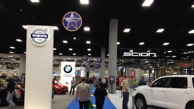 SD Auto Show Kicks Into High Gear The San Diego UnionTribune - San diego convention center car show
