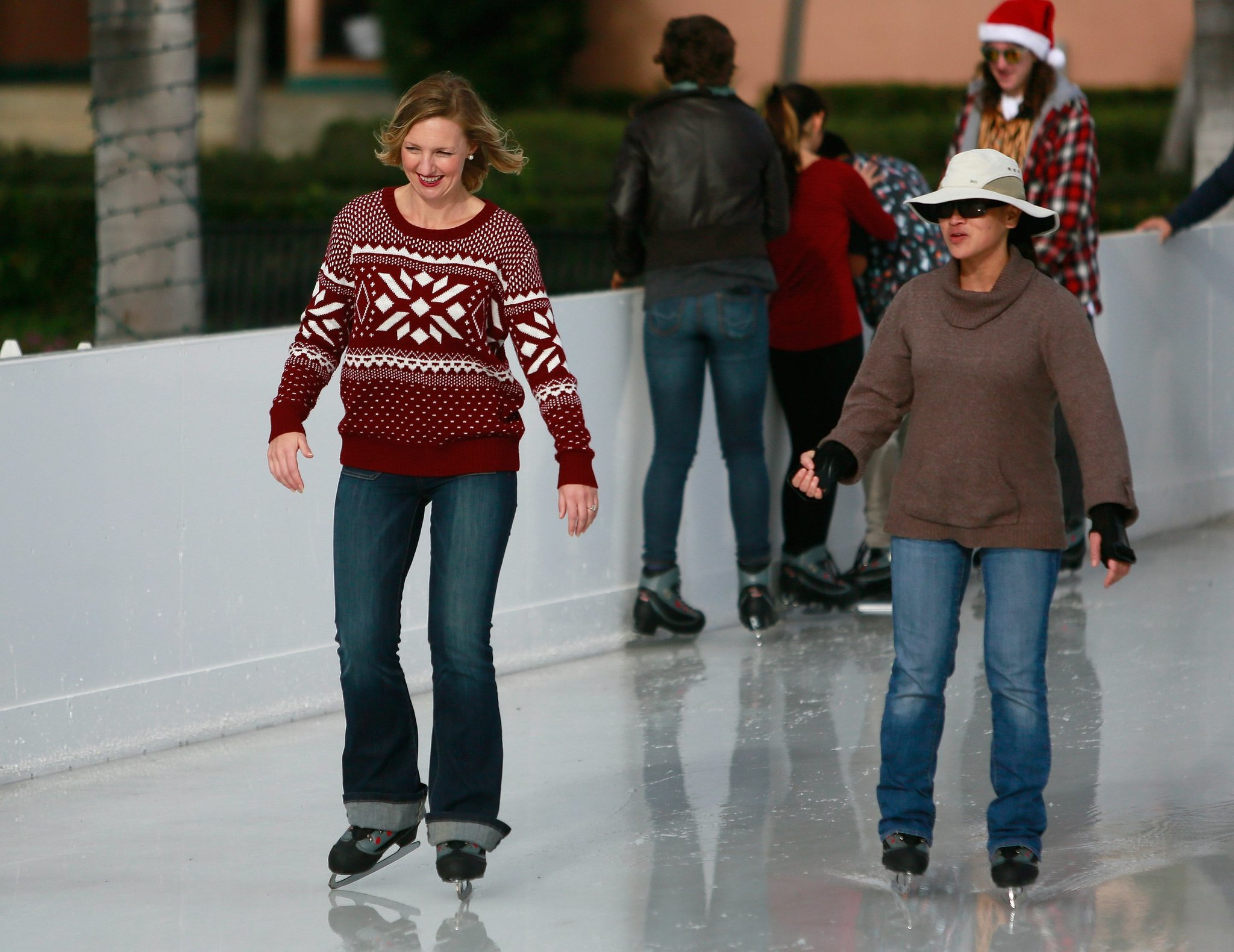 A guide to san diegos outdoor ice skating rinks the san diego a guide to san diegos outdoor ice skating rinks the san diego union tribune solutioingenieria Choice Image