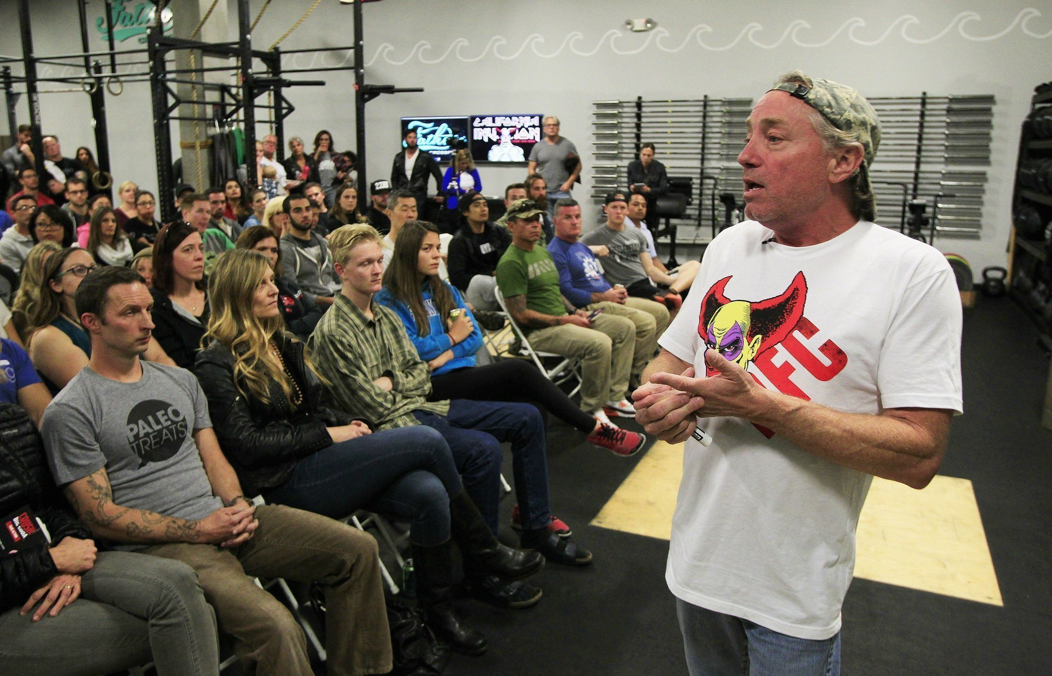 Crossfit guru greg glassman visits san diego during anti