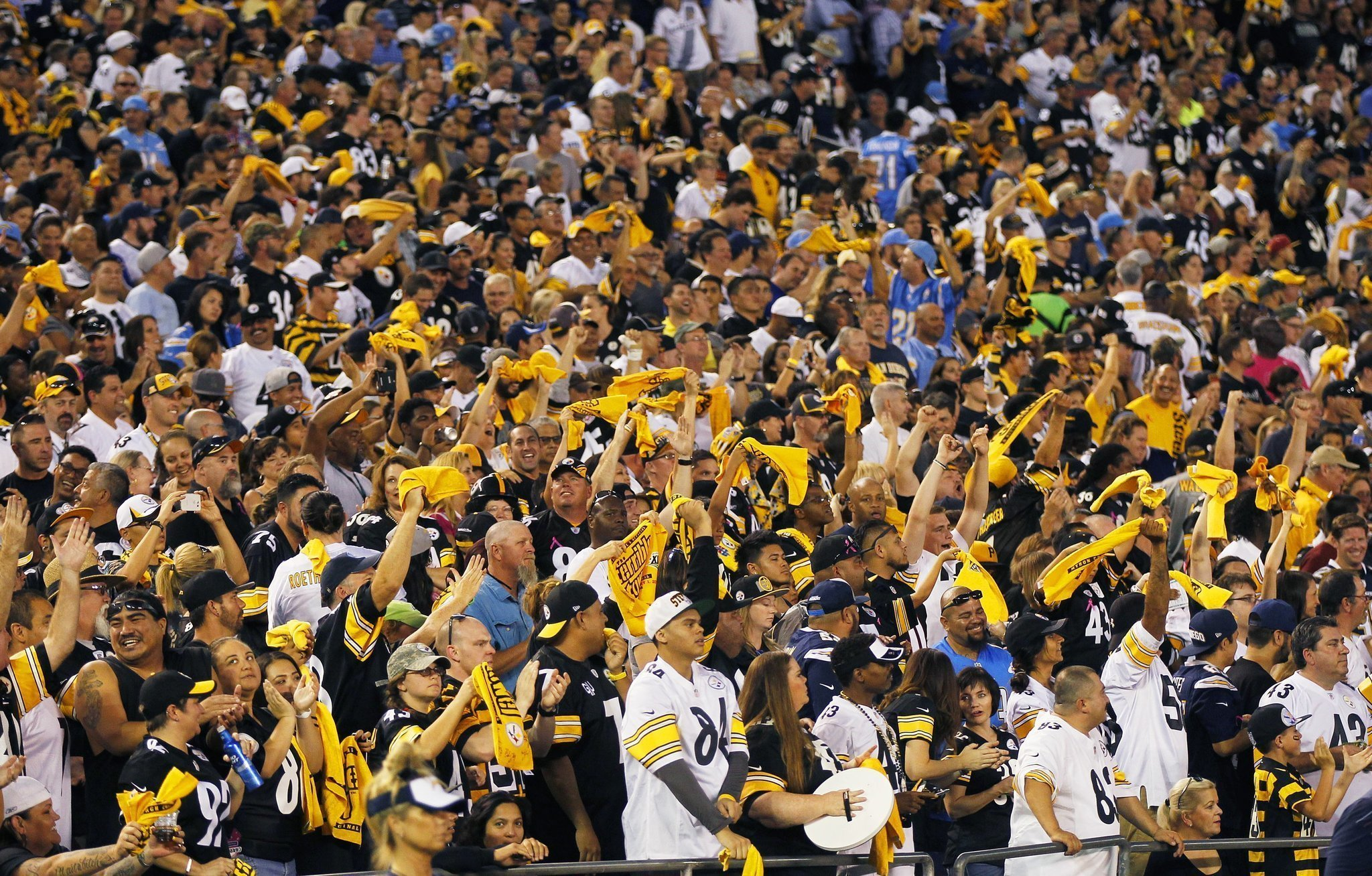 Philip Rivers Crowd Noise At Chargers Game Odd The