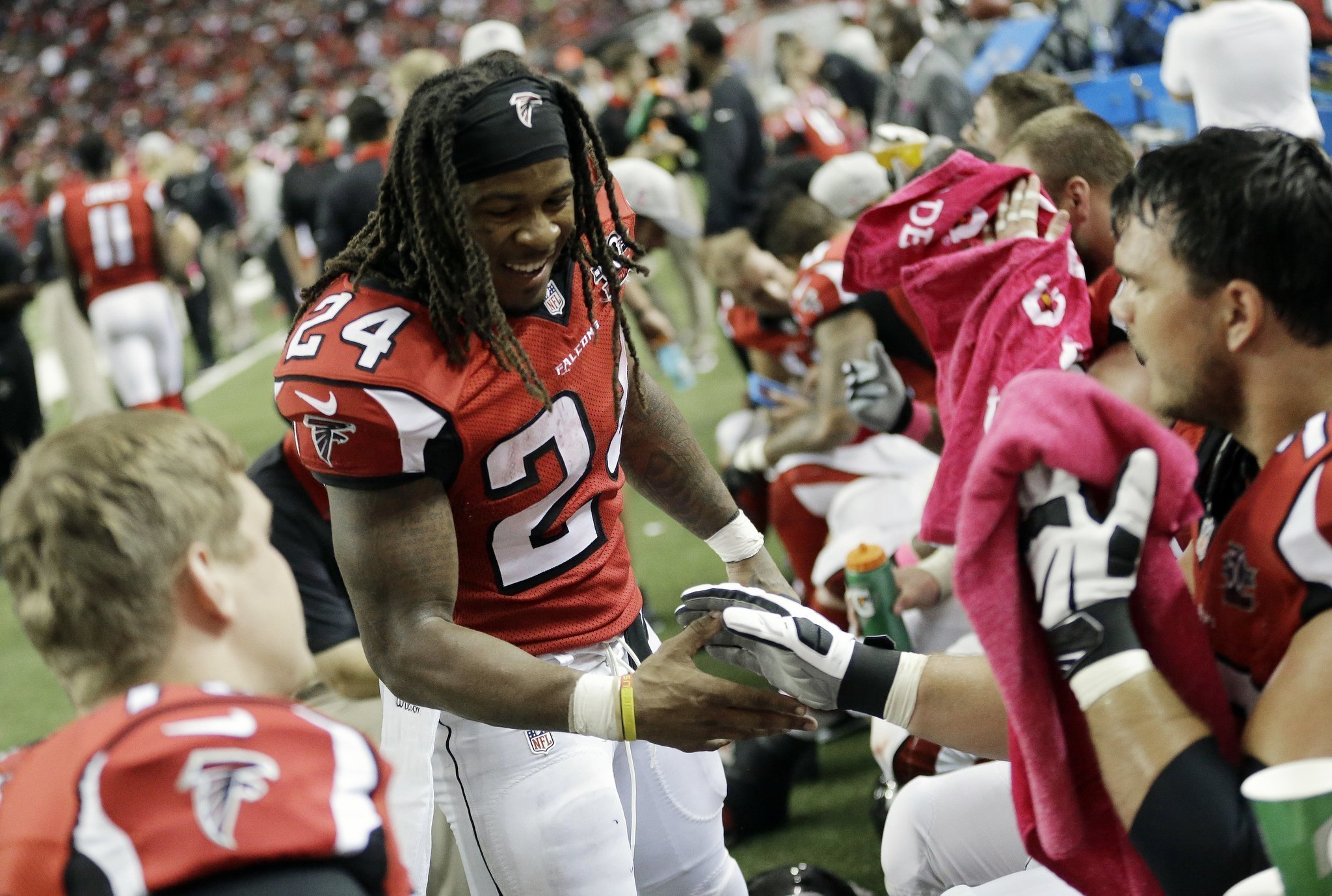 Falcons Freeman will have more help at RB against Redskins The