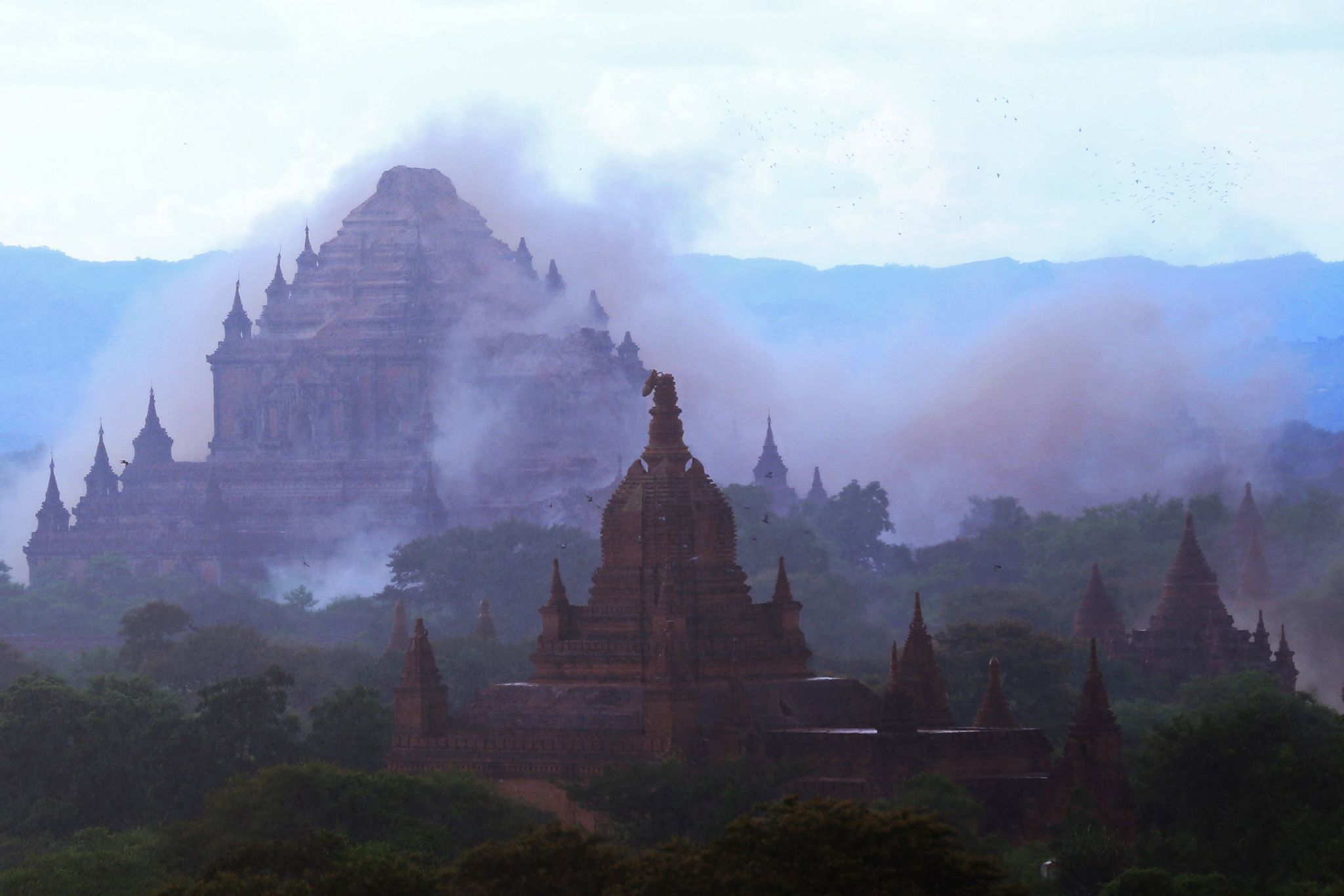 Ct-myanmar-earthquake-20160824